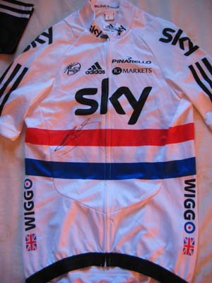 Bradley Wiggins signed cycling Jersey